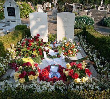 gibson_grave