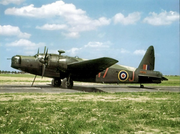 01-Color-photo-of-a-RAF-Vickers-Wellington-MkX-RAF-82OTU-Red-17-J-HE575-England-01